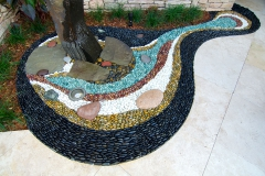 Water column with pebble mosaic