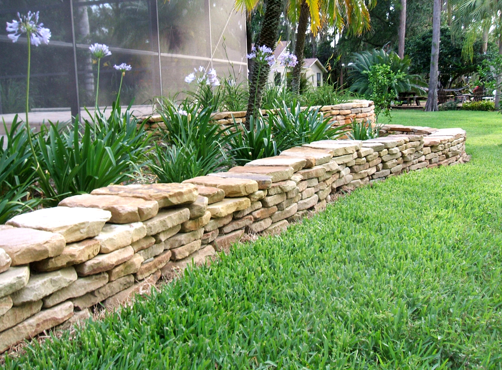 Dry Stack Fieldstone Retaining Wall : Decorative walls retaining freestanding