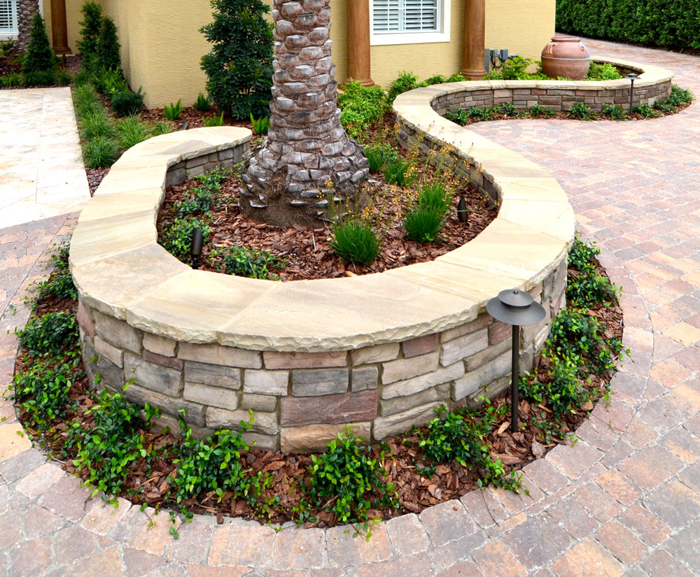 Cultured Stone Walls : Decorative walls retaining freestanding